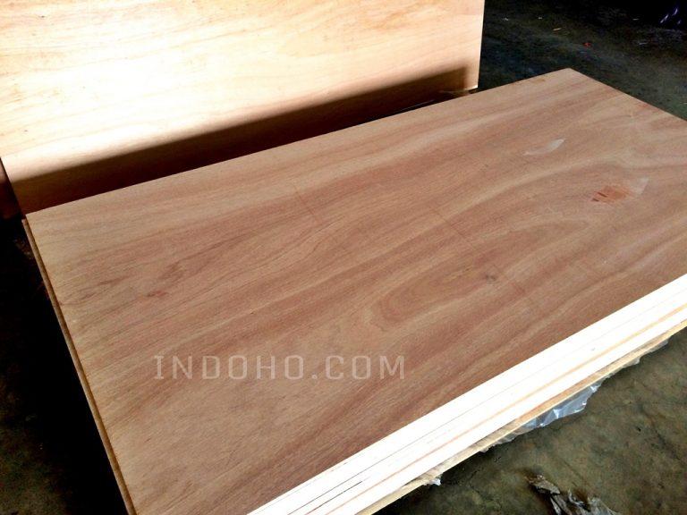 Triplek Plywood Tata Meranti Campur